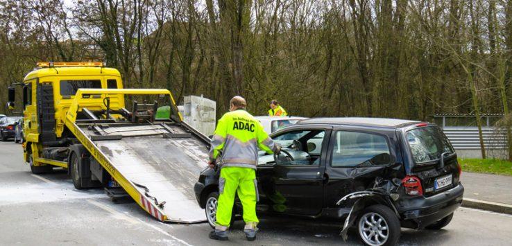 Assicurazione Auto: Cosa Fare in Caso di Incidente?