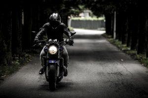 abbigliamento da motociclista