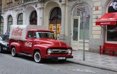 Assicurazione Furgone e Autocarro: Cosa Sapere