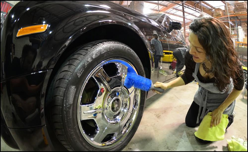 Come pulire i cerchioni dell'auto